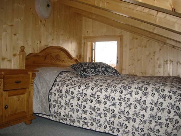 schlafzimmer gestalten mit dachschragen verschiedene ideen f r die. Black Bedroom Furniture Sets. Home Design Ideas
